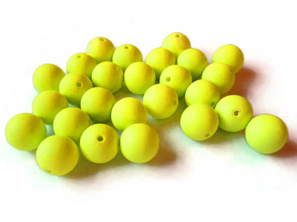Bild på Darts Plastic Beads Chartreuse 6mm (9-pack)